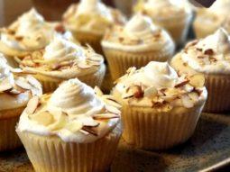 Amareto Almond Cupcakes
