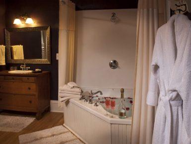 Brayton Suite tub, vanity, robe