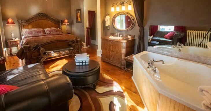 photo of braywood inn belle suite full room view