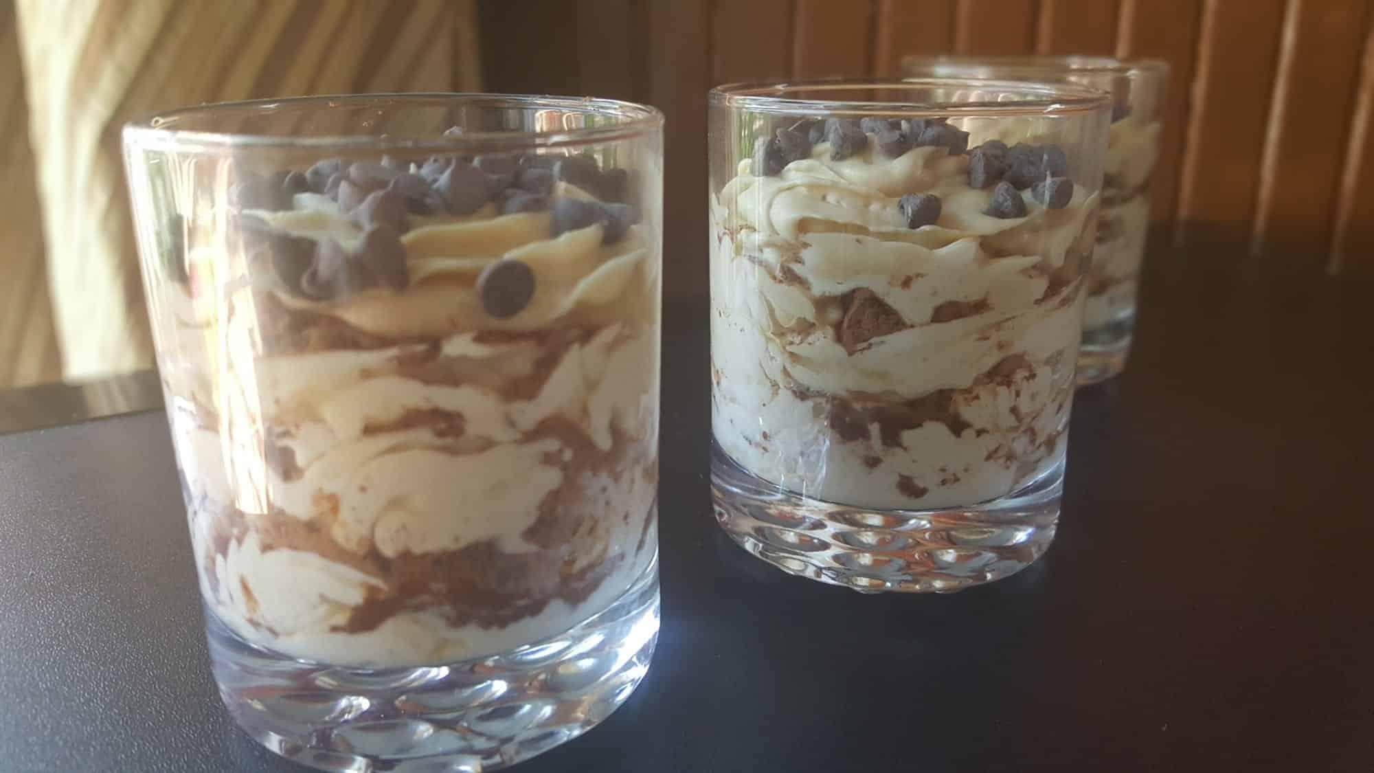 tiramisu mouse cups